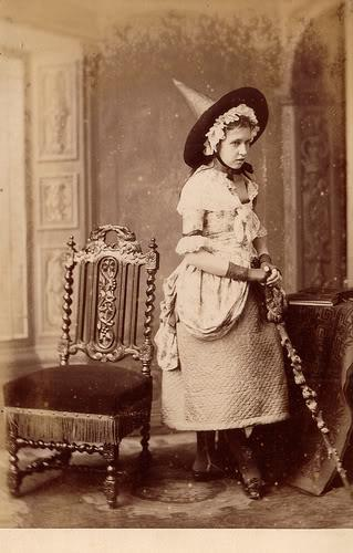 victorian-magick-witch